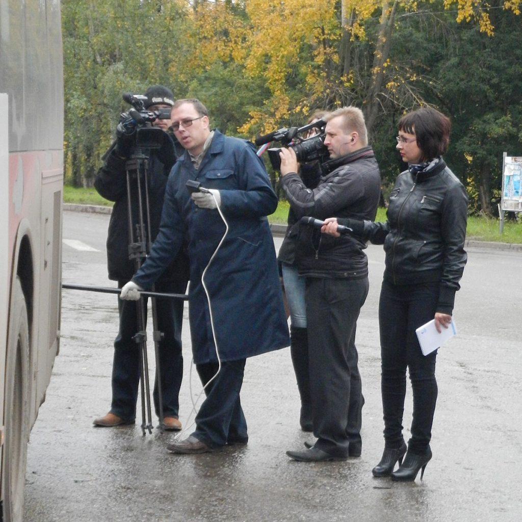 Замеры дымности автобусов и тележурналисты