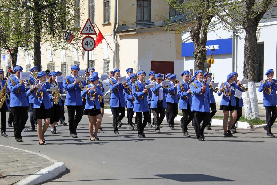 Духовой оркестр училища искусств - «Бессмертный полк» в День Победы 9 мая 2019 г. в Кирове