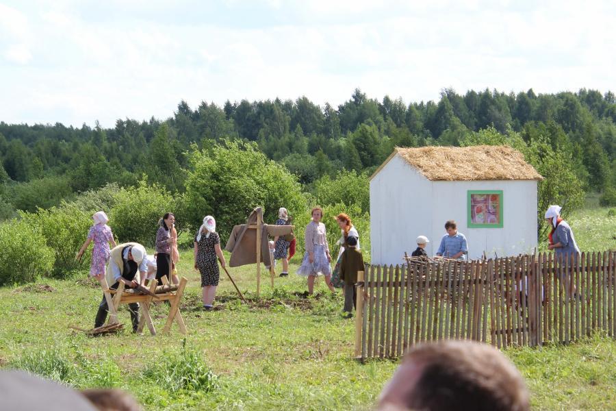 Жизнь в окккупированной немцами деревне - реконструкторский фестиваль «Живая история» 2019