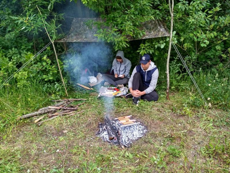 Готовим еду, прячемся от дождя под тентом - поход выходного дня в Первомайский, Слободской район