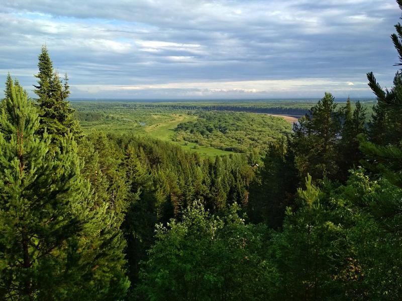 Вид на Вятку с высокого берега - поход выходного дня в Первомайский, Слободской район