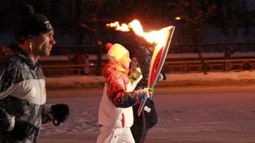 Эстафета олимпийского огня в Кирове (часть 2, вечерняя)