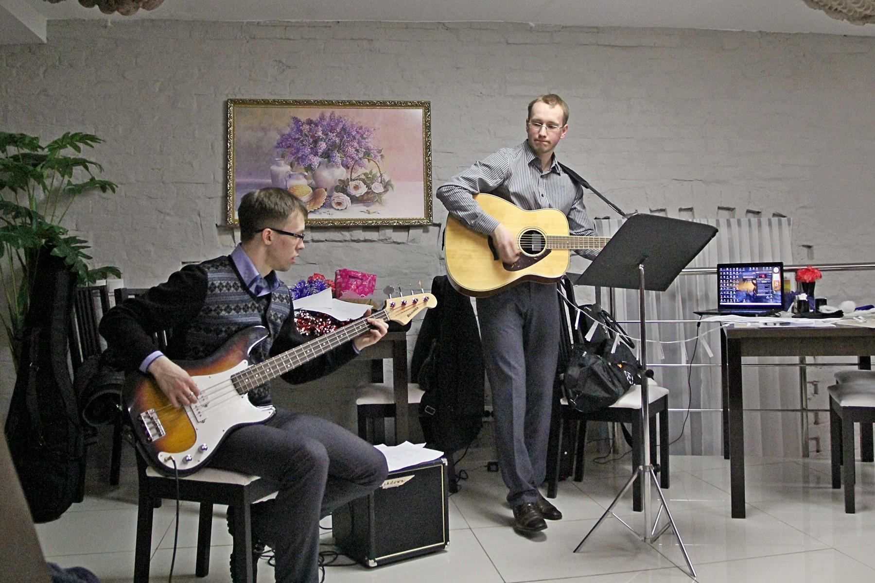 Выступление группы «Как-то так» в кафе Palazzo