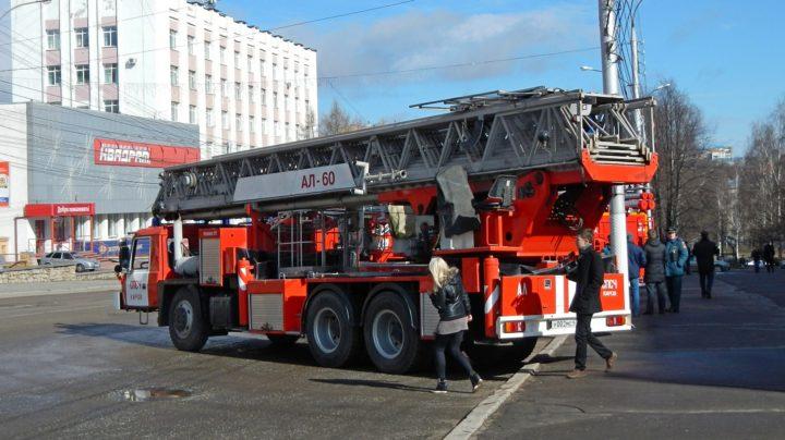 Пробег пожарных автомобилей в Кирове