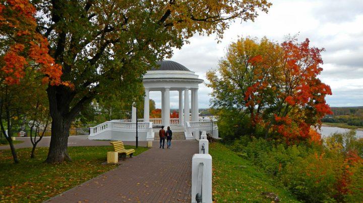 Осень в городе: парки и фонтаны