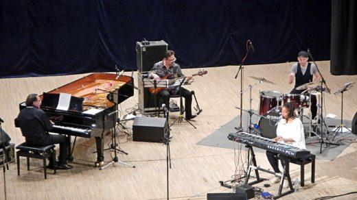 Малика Тирольен на джазовом вечере Даниила Крамера в Кирове